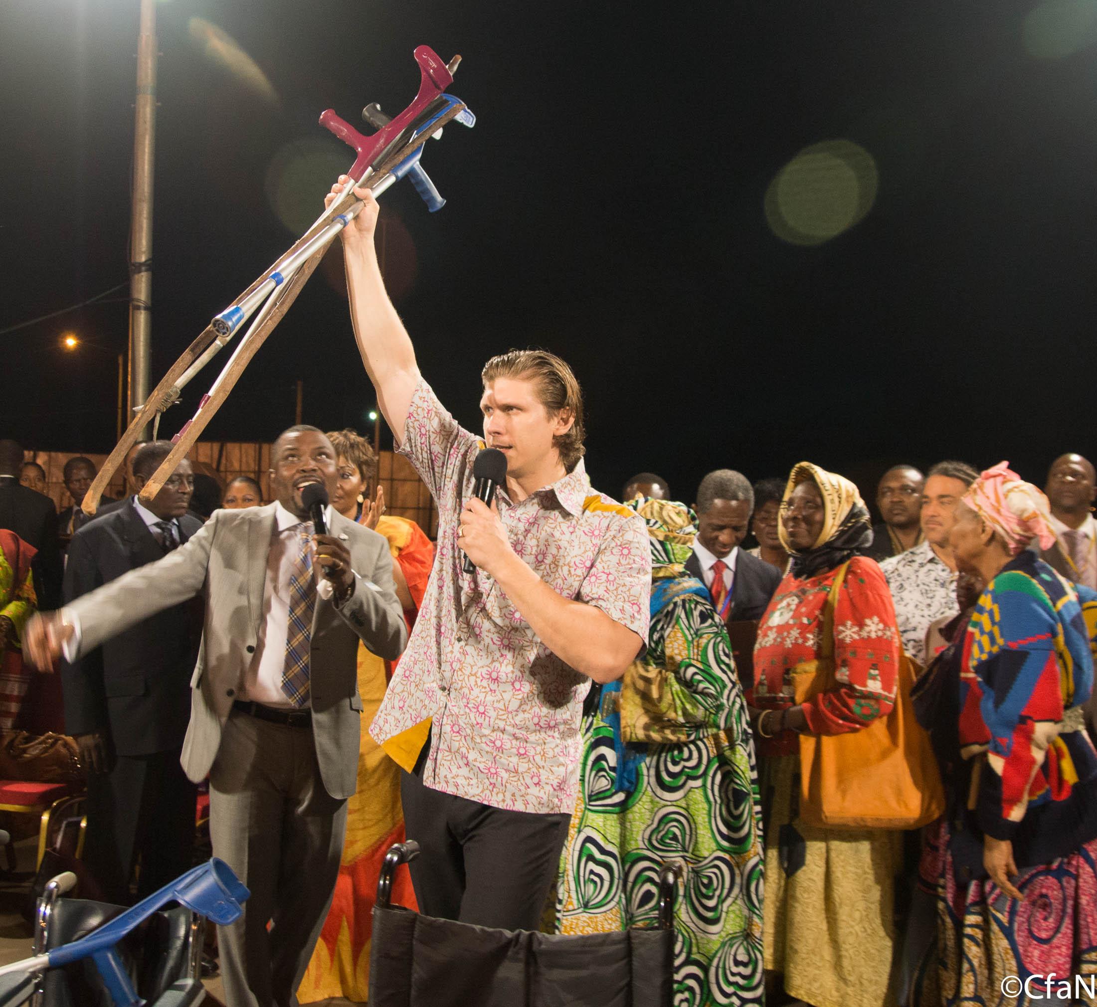 Cameroon_2013-D1M-4669